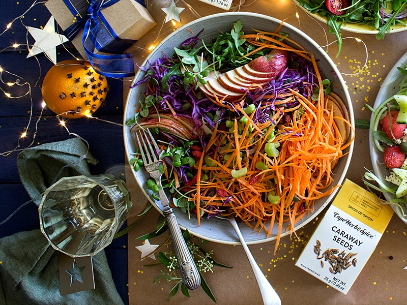 CHRISTMAS SALAD 1 - JEWEL SALAD AND TABLE DECO TIPS